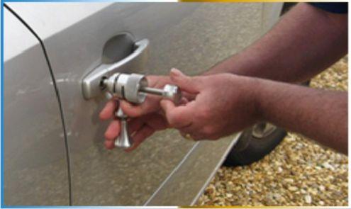 locksmith lockpicking car lock