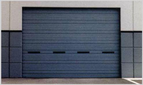 persiana metalica en puerta de garaje